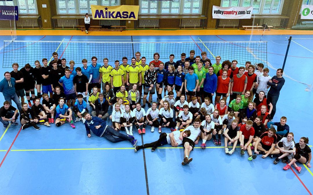 Škola volejbalu organizuje SUPERFINÁLE školního volejbalu v Jindřichově Hradci